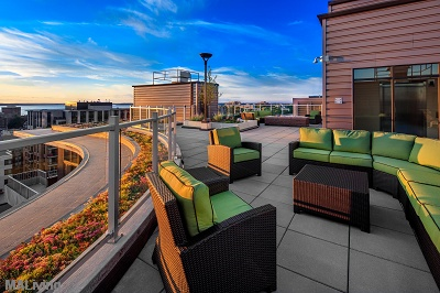 The Lux - Rooftop Terrace