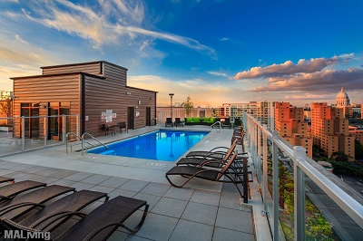 The Lux - Rooftop Terrace with Pool