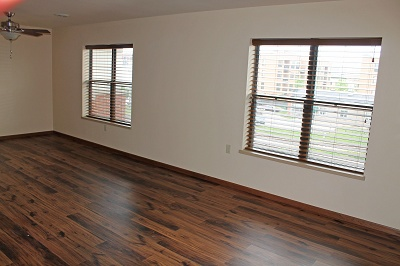 641 West Main - Newly Renovated Apartment