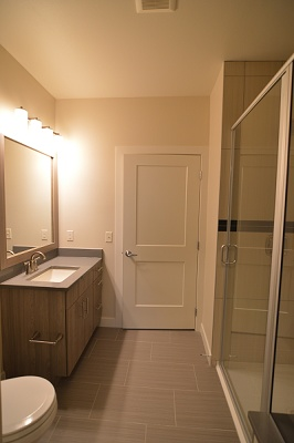 Oakland on Monroe - The Breese - 1 Bedroom / 1 Bath