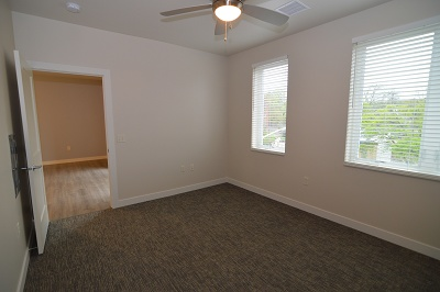 Oakland on Monroe - The Garfield - 2 Bedroom / 2 Bath