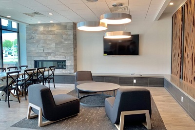University Crossing Apartments - Community Lounge